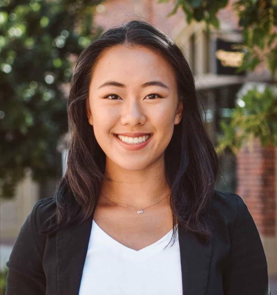 Lindsay Huang